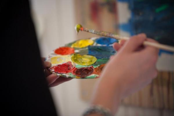 Art group helps patients to express themselves and promotes self-esteem