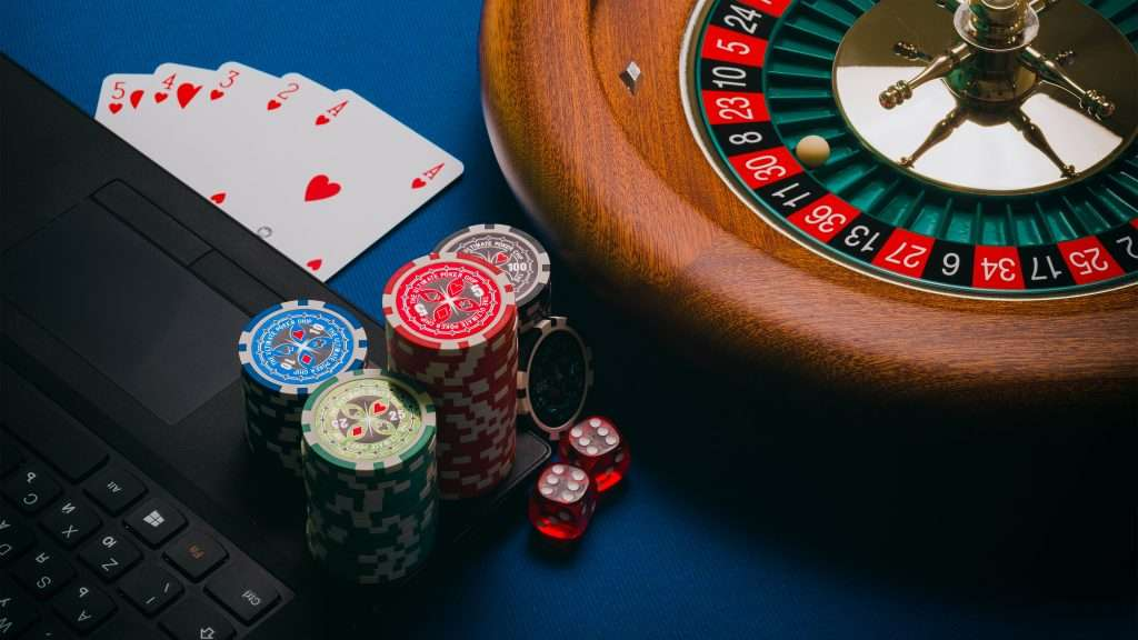 Online gambling vs real gambling